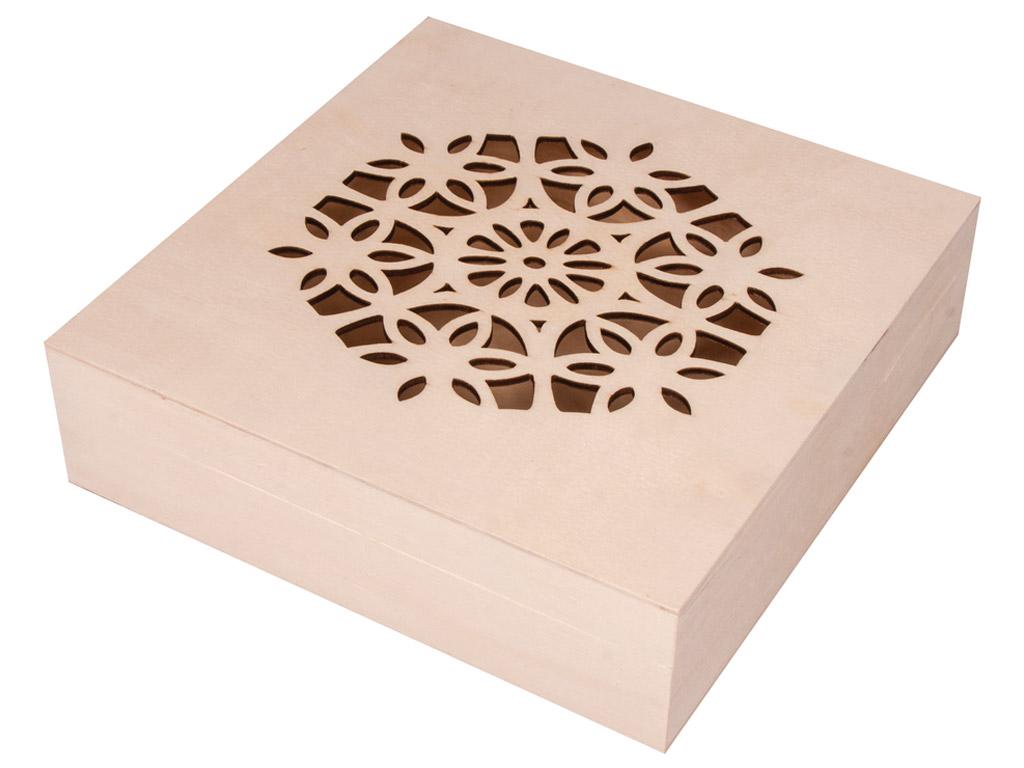 Karp puidust Rayher kaunistatud kaanega 18.5x18.5x5cm hingedega